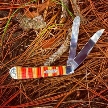 Case Candy Stripe Corelon Trapper knives 9254CY
