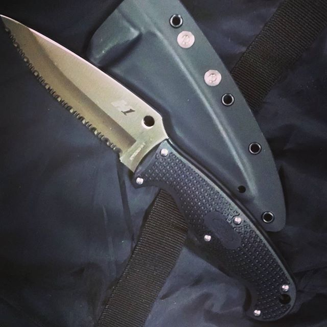 Spyderco Jumpmaster 2 Fb24sbk2 Fixed Blade With Kydex