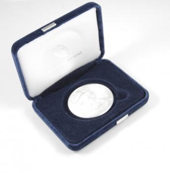 1993 1 oz Silver American Eagle Coin in U.S. Mint Box