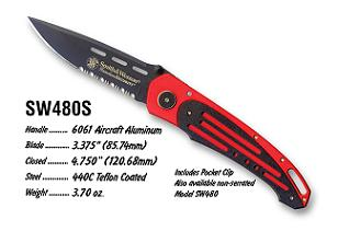 Smith and Wesson Homeland Security Red knives 480