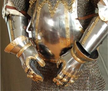 Get Dressed For Battle Gauntlets GB077