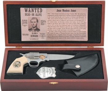 Cheap Jesse James Commemorative Knives M3131